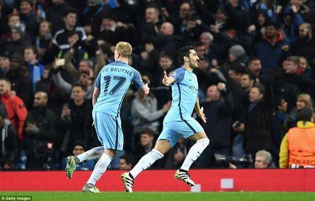 Ket qua chi tiet loat tran Champions League rang sang 2/11 - Anh 1