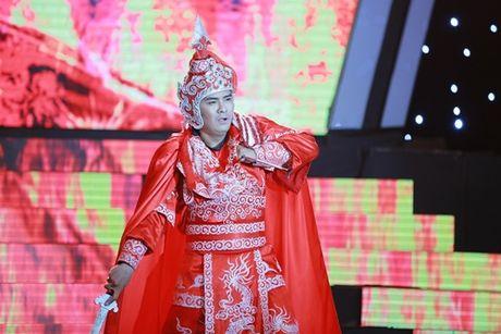 Ngoc Son het loi khen Hung Thuan hat cai luong tuyet voi - Anh 2