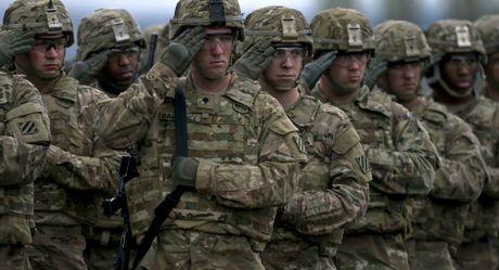 Bo truong Quoc phong Anh noi ve kha nang chien tranh giua Nga-NATO - Anh 1