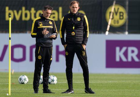 'Nam than' Marco Reus rang ngoi tren san tap Dortmund - Anh 5