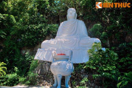 Ve huyen bi me hoac cua chua Linh Ung - Ngu Hanh Son - Anh 9