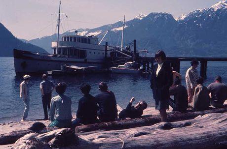 Kham pha cuoc song thuong nhat o Canada nhung nam 1960 - Anh 16