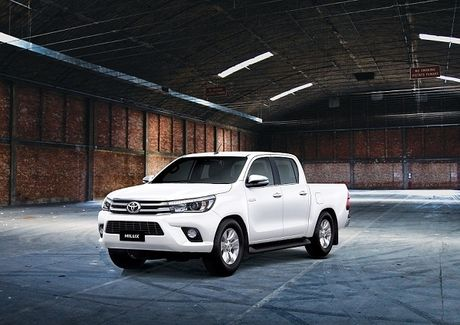 Toyota Hilux moi 2016 - nhieu cai tien moi - Anh 1