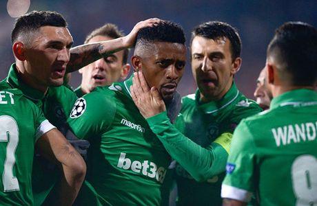 Champions League: Ozil giup Arsenal thoat hiem o Bulgaria - Anh 3