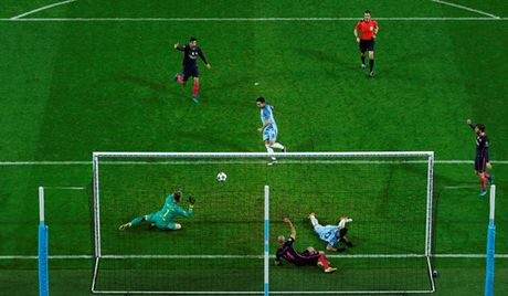 Man City cham dut mach toan thang cua Barcelona o Champions League - Anh 3