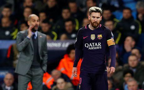 HLV Enrique khong hieu tai sao Barcelona thua Man City - Anh 2