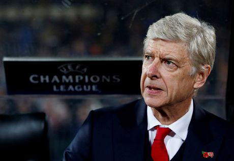 Arsenal thang Ludogorets, Wenger tu tin xoa bo 'loi nguyen' - Anh 1