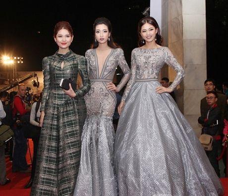 Dan sao Viet long lay, quyen ru tren tham do Lien hoan phim Quoc te Ha Noi - Anh 5