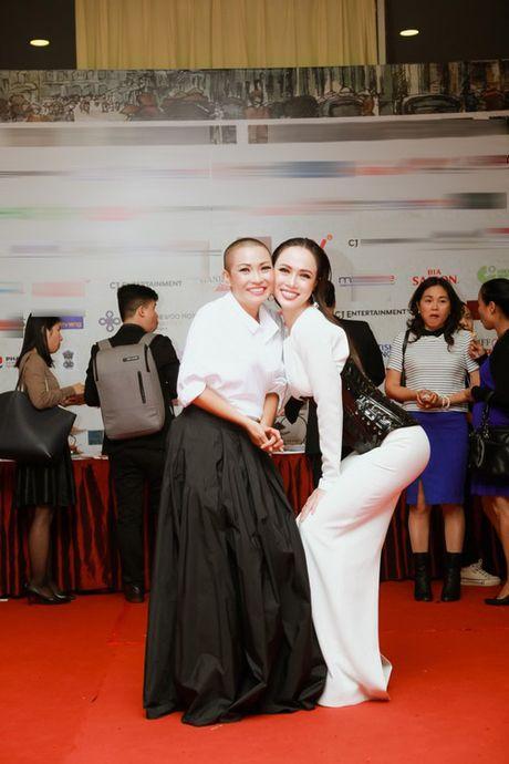 Dan sao Viet long lay, quyen ru tren tham do Lien hoan phim Quoc te Ha Noi - Anh 7