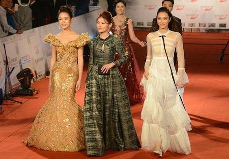 Dan sao Viet long lay, quyen ru tren tham do Lien hoan phim Quoc te Ha Noi - Anh 9