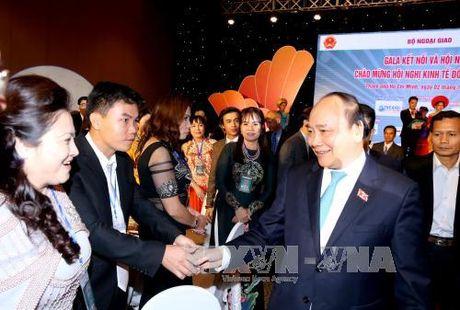 """Thu tuong Nguyen Xuan Phuc du Gala """"Ket noi & Hoi nhap"""" - Anh 2"""