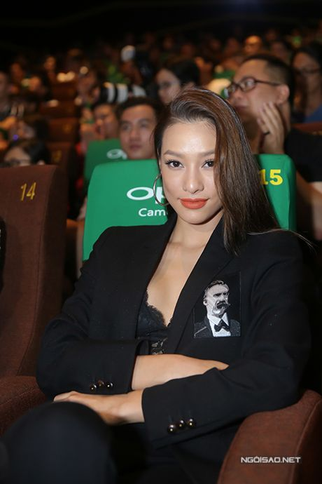 Ho Ngoc Ha tu nhan 'cu dong phim la phim thanh tham hoa' - Anh 9