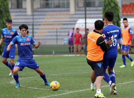 AFF Cup: Tuyen Viet Nam co tien bo gi sau khi tap huan o Han Quoc? - Anh 3