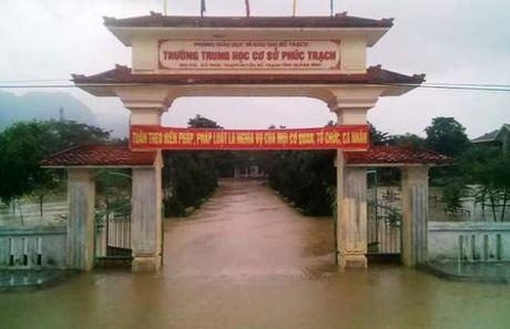 Lu chong lu, nhieu truong hoc o Quang Binh lai bi nhan chim - Anh 6