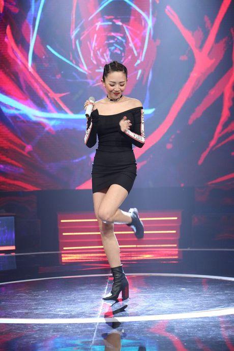 Giong Ai Giong Ai: Tran Thanh nhan Toc Tien la em gai nuoi that lac - Anh 4