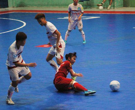 Soi dong giai Futsal Nu TPHCM 2016 - Anh 2