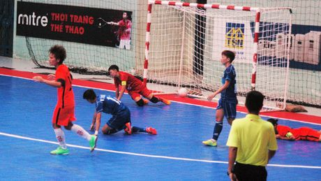 Soi dong giai Futsal Nu TPHCM 2016 - Anh 5