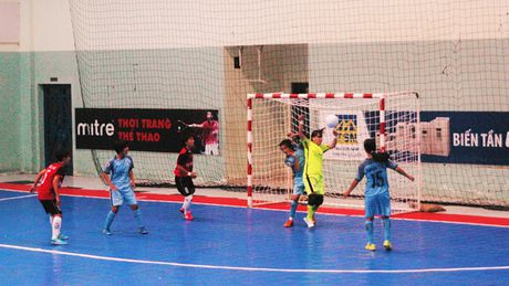 Soi dong giai Futsal Nu TPHCM 2016 - Anh 7