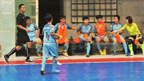 Soi dong giai Futsal Nu TPHCM 2016 - Anh 8