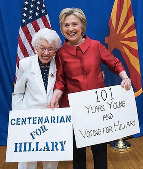 Cu ba 102 tuoi cho ca doi de bau cho Hillary Clinton - Anh 2