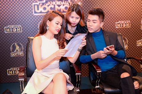 Hoang Thuy Linh ngoi 'ghe nong' ban ket 'Khoi dau uoc mo – Dream High' - Anh 4