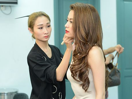 Hoang Thuy Linh ngoi 'ghe nong' ban ket 'Khoi dau uoc mo – Dream High' - Anh 5