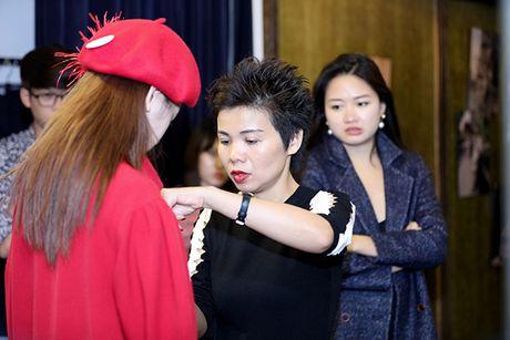Chi Pu doi style ca tinh voi trang phuc cua NTK Xuan Le - Anh 6