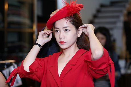 Chi Pu doi style ca tinh voi trang phuc cua NTK Xuan Le - Anh 7