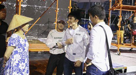 Dan Truong, Viet Huong doi mua chay tong duyet liveshow - Anh 1
