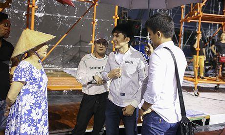 Dan Truong, Viet Huong doi mua chay tong duyet liveshow - Anh 4