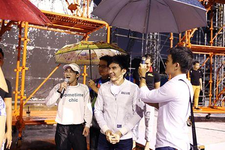 Dan Truong, Viet Huong doi mua chay tong duyet liveshow - Anh 5