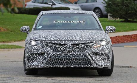 Bat gap Toyota Camry TRD 2018 chay thu nghiem - Anh 2