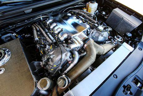 Soc voi Toyota Land Cruiser do 2000 ma luc dat 354km/h - Anh 4