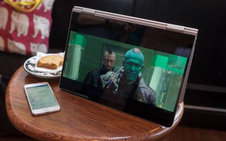 Nhung laptop dang mua nhat nam 2016 - Anh 7