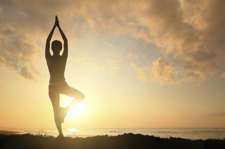 Nhung sai lam tai hai khi tu tap Yoga tai nha - Anh 2