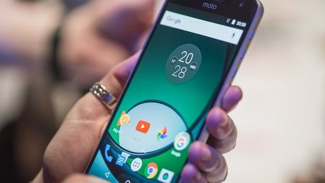 5 smartphone dang 'dang hong' trong thang 11 - Anh 1