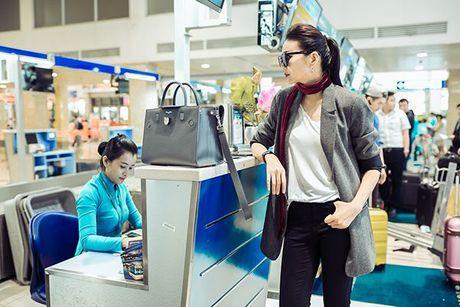 Thanh Hang an voi mi goi tat bat tong duyet Vietnam International Fashion Week Thu/Dong 2016 - Anh 6