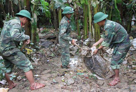 Quang Tri: Bep lua vung lu tat ngum, Hoi Phu nu nau com tiep te cho nguoi dan - Anh 5