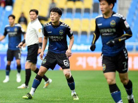 Xuan Truong thi dau 54 phut, Incheon United thua tran - Anh 1