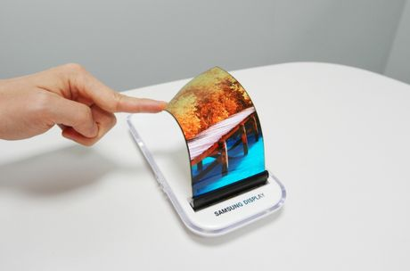 Galaxy S8 se co mat truoc 'gan nhu toan man hinh' - Anh 1