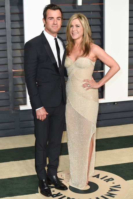 Sau nha Pitt, den luot vo chong Jennifer Aniston truc trac - Anh 3