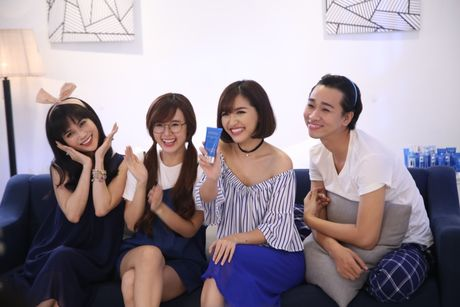 Bich Phuong, Midu tung clip huong dan cham soc da - Anh 1