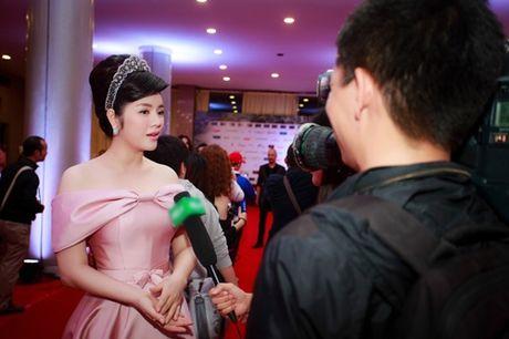 Ly Nha Ky doi vuong mien kim cuong 21 carat gia 10 ty - Anh 4