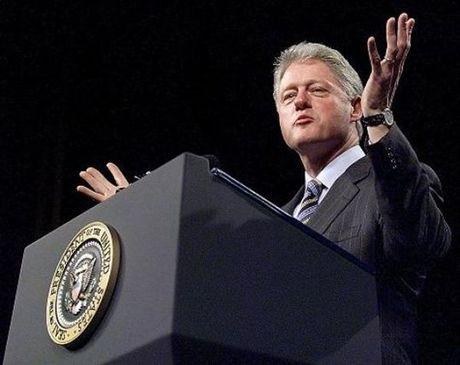 Bat ngo cong bo ho so dieu tra Bill Clinton - Anh 1