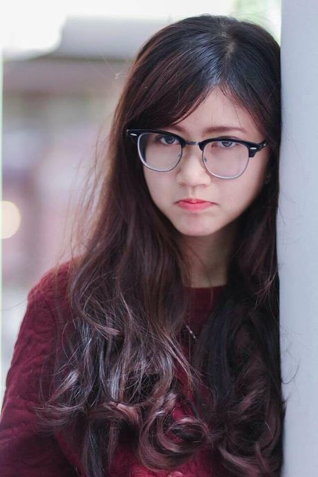 Thu quan U19 Viet Nam quen ban gai cuc xinh qua facebook - Anh 1