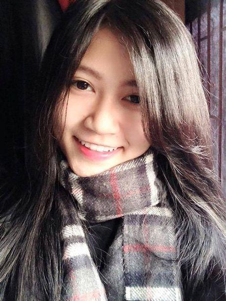 Thu quan U19 Viet Nam quen ban gai cuc xinh qua facebook - Anh 3