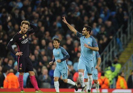 CAP NHAT sang 2/11: Man City can bang thanh tich cua Man United. Sanchez gap hoa o Barcelona - Anh 1