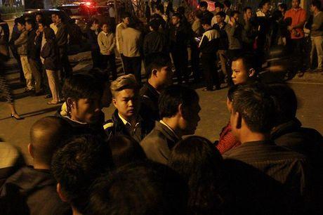 Hien truong tan hoang vu chay lam 13 nguoi chet o pho Tran Thai Tong - Anh 12