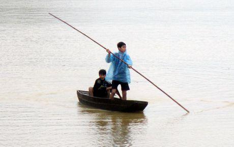 Chum anh: Dan vung lu Ha Tinh lieu linh gion voi tu than - Anh 2