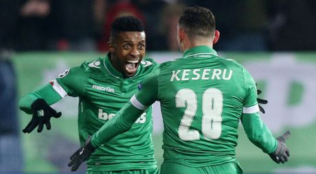 Toan canh man loi nguoc dong cua Arsenal truoc Ludogorets - Anh 3